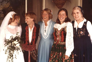 hildred-at-bonnie-wedding.jpg